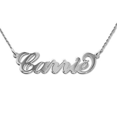 """Piccola collana con nome stile """"Carrie"""" in oro bianco 14K e catenina a corda foto del prodotto"""