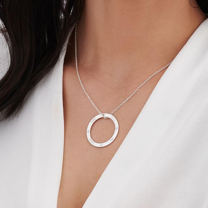 Collana Famiglia con Cerchio Personalizzato e Diamanti in Argento - 3