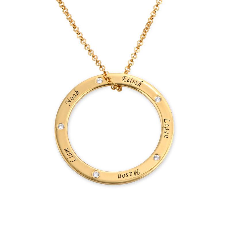 Collana Famiglia con Cerchio Personalizzato e Diamanti Placcata Oro foto del prodotto