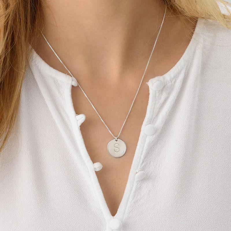 Collar con inicial en plata de ley con diamante - 2