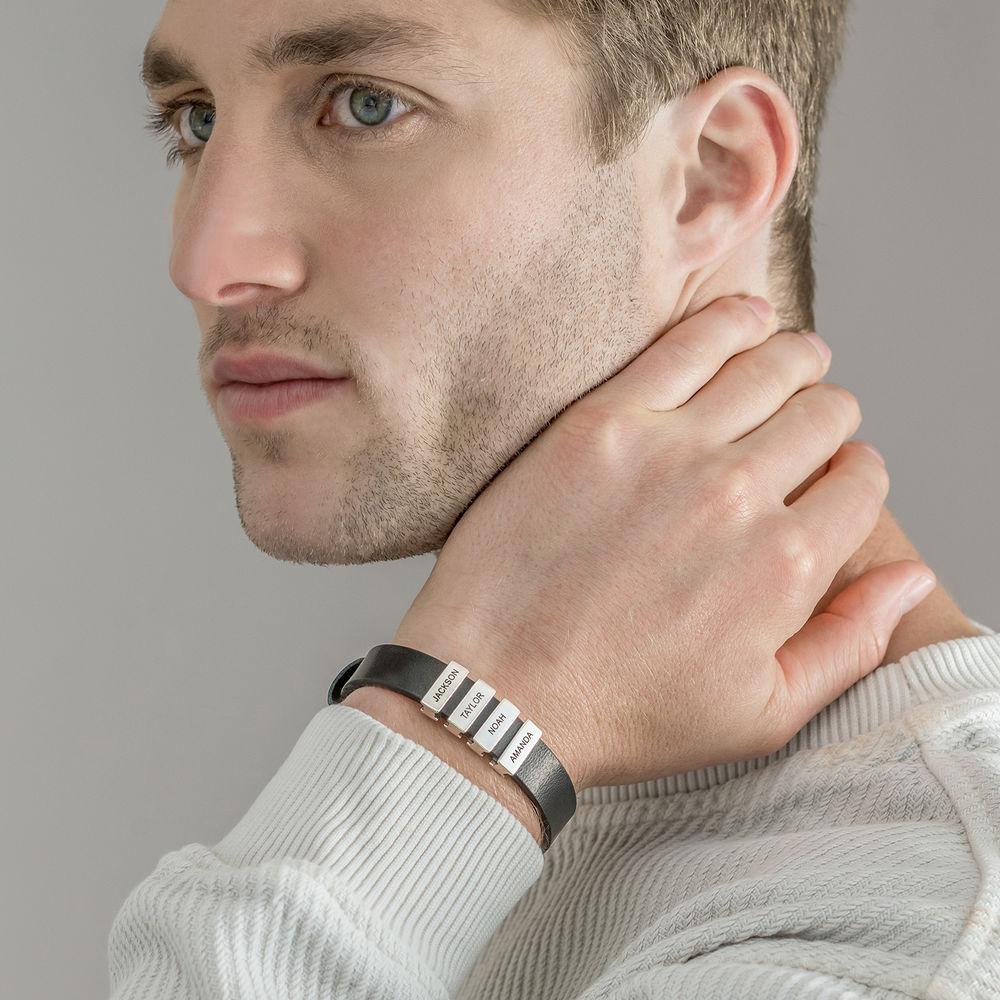 Pulsera de cuero negro para hombre con cuentas de plata personalizadas - 3