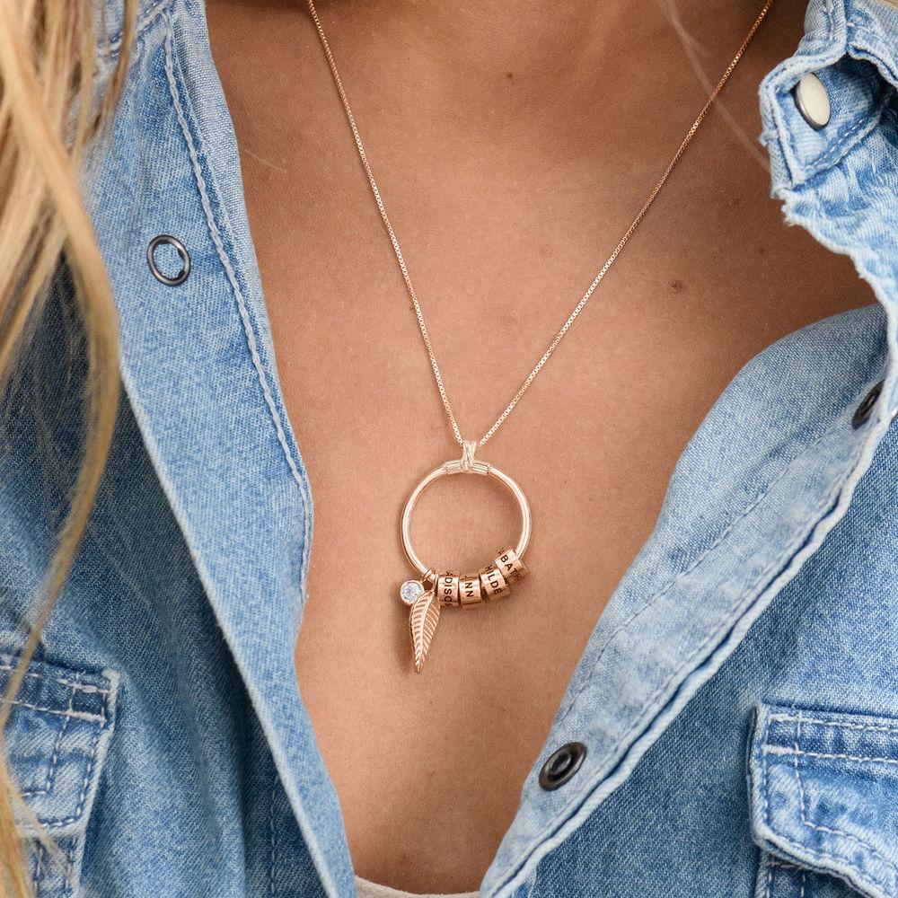 Gegraveerde Cirkel Hanger Linda ™ Ketting met blad en persoonlijke kralen in 18K Rosé Goud Verguld met diamanten - 4