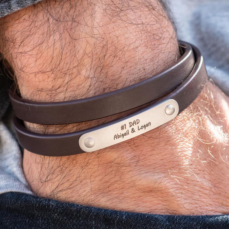 Gegraveerde heren armband en zwart leer - 2