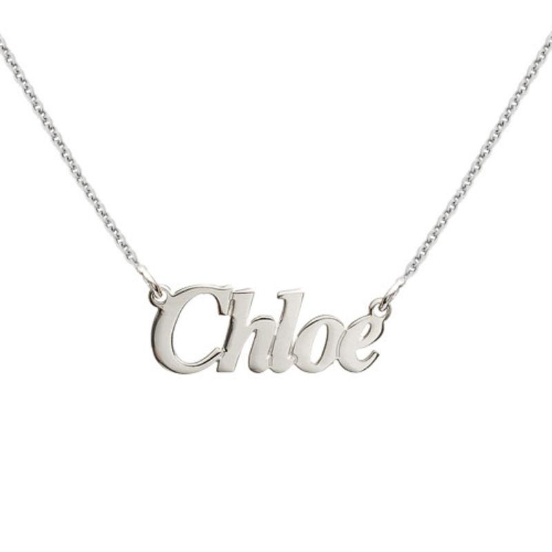 Lite navnesmykke Angel-font i sølv