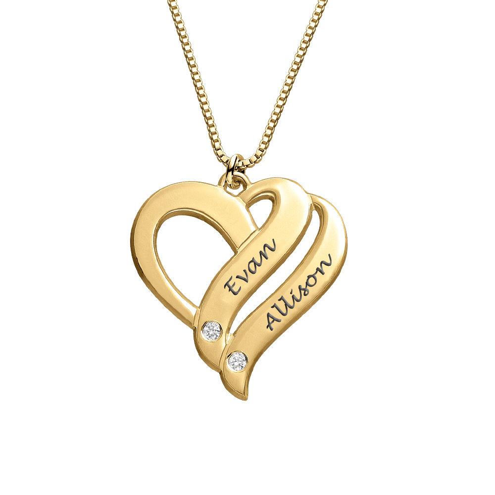 Dobbelt hjerte smykke med gravering og diamanter i gull vermeil