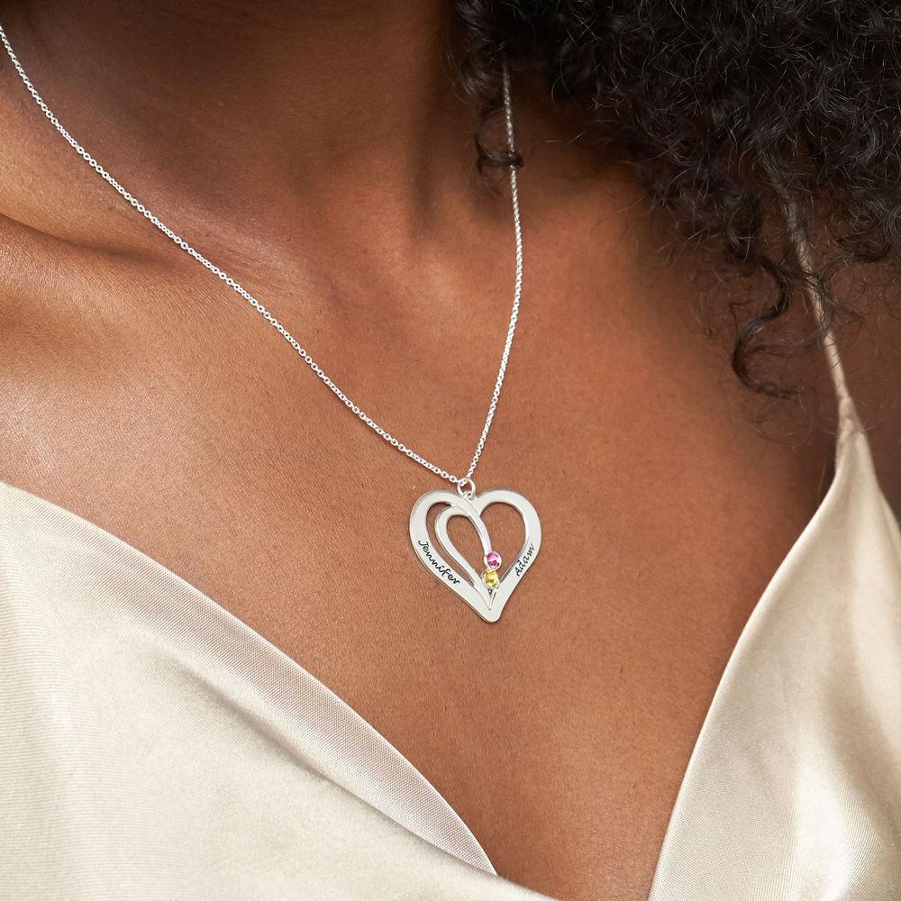 Gravert hjertesmykke med månedssteiner - 3