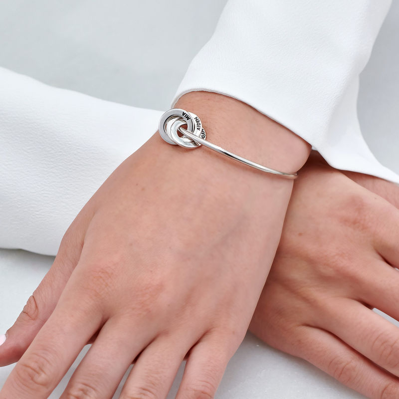 Russisk bangle-armbånd med runde charms i sølv - 3