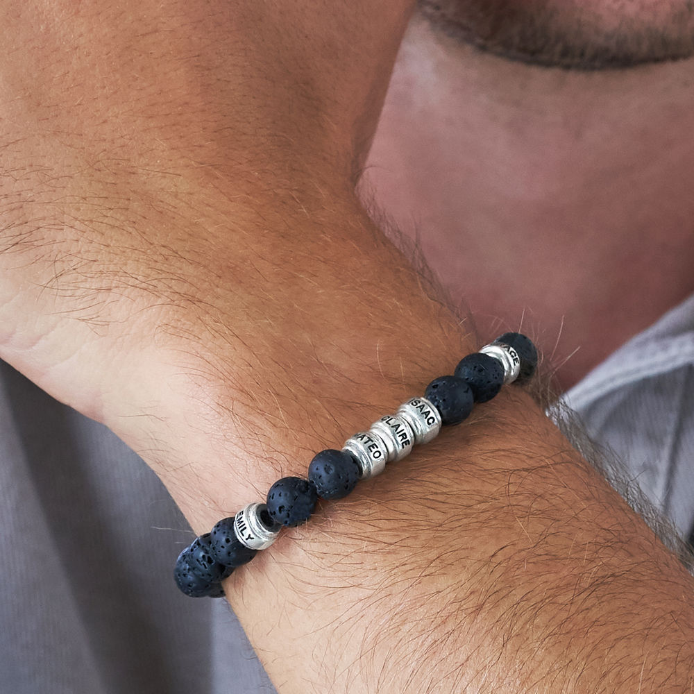 Armbånd til menn med lavasteiner og tilpassede charms - 3