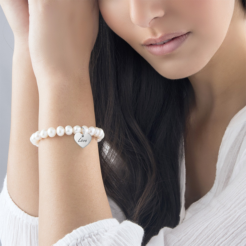 Perlearmbånd med charm - 1