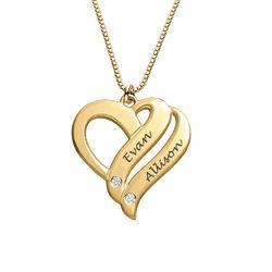 Dobbelt hjerte smykke med gravering og diamanter i gull vermeil produktbilde