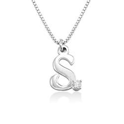 Initialhalskjede med diamant i sølv produktbilde