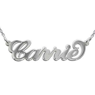 Namnhalsband i Carrie stil med ärtlänkskedja i silver