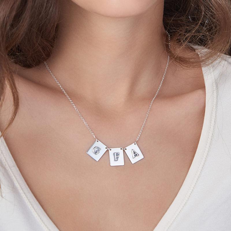 Personligt halsband med bokstav i sterlingsilver - 2