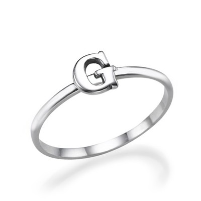 Initial Ring i Sterling Silver