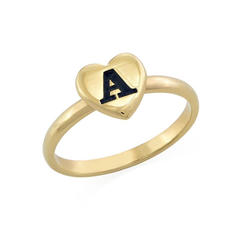 Stapelbar ring med bokstav och hjärta i 18K guldplätering