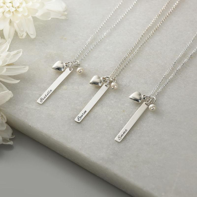Halsband med namnbricka och hjärtberlock och pärla i silver - 1