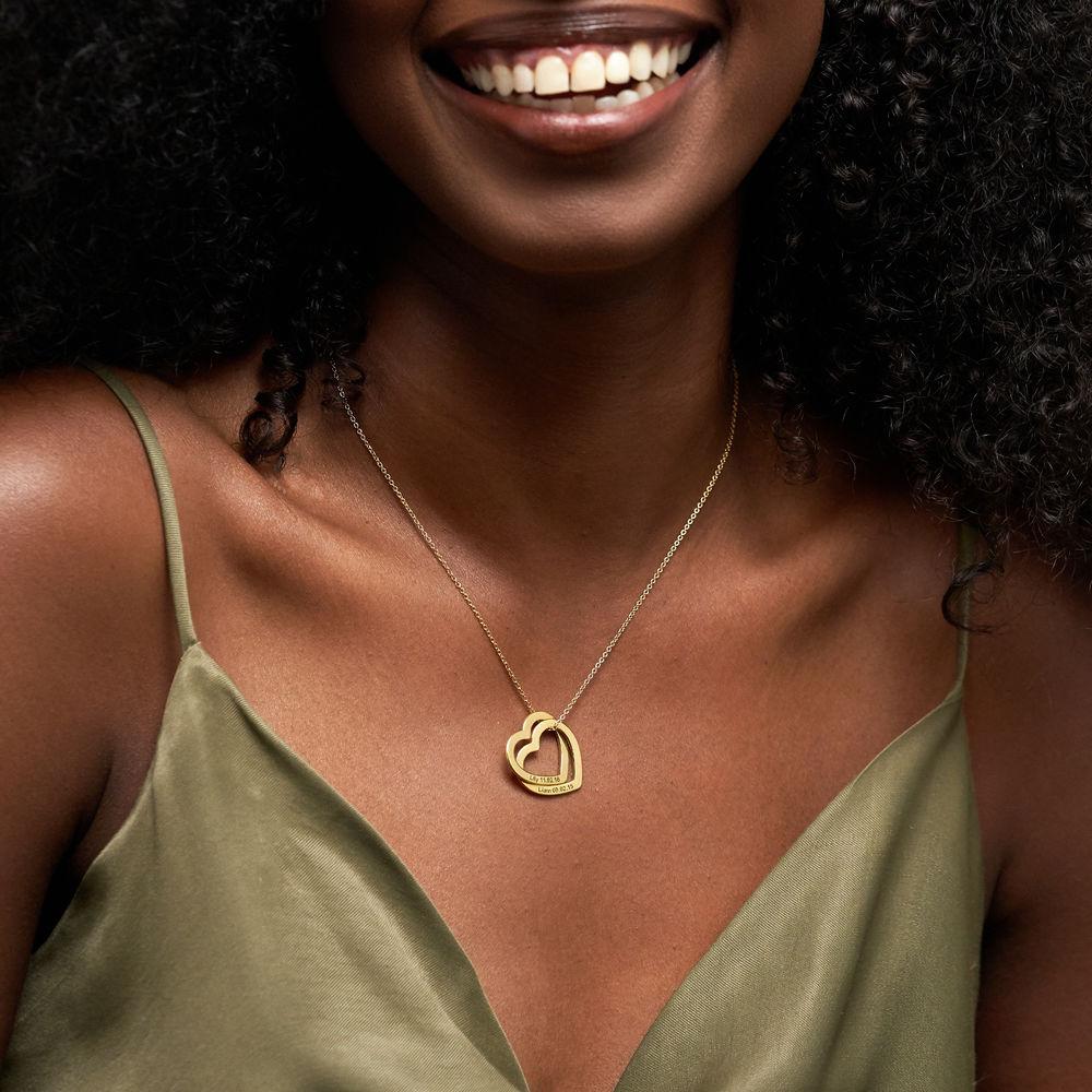 Halsband med sammanflätade hjärtan i 18K guldplätering - 2