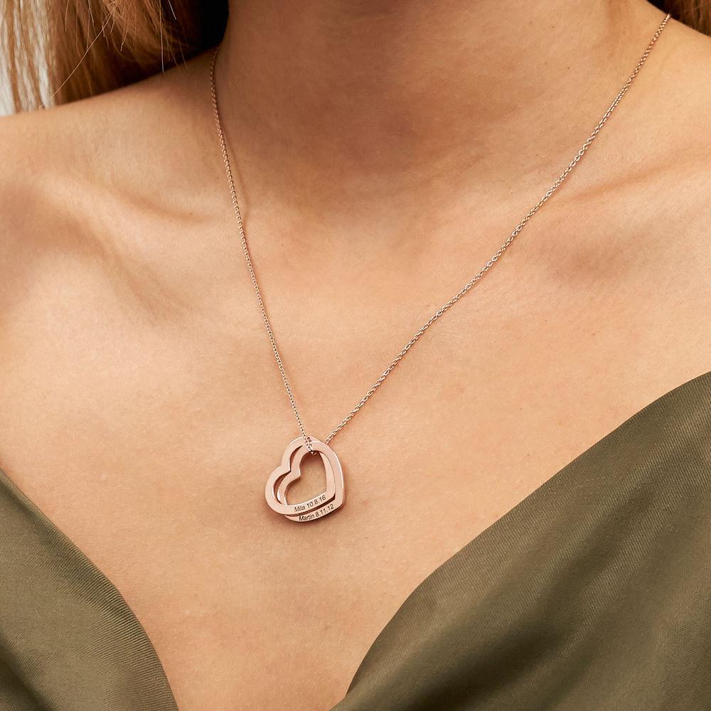 Halsband med sammanflätade hjärtan i 18K roséguldplätering - 3