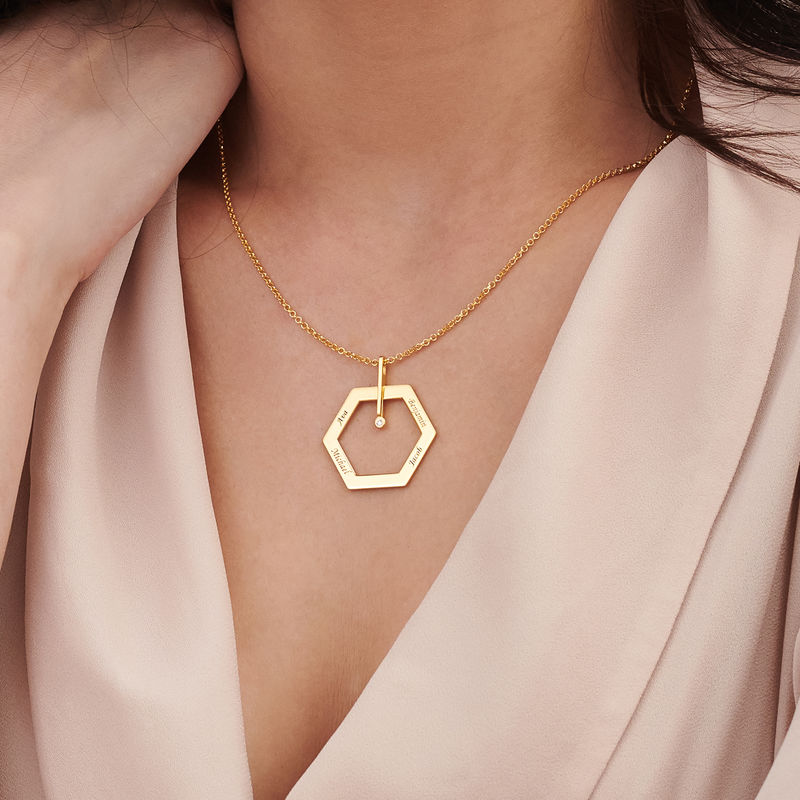 Graverat Halsband med Hexagon i Guldplätering med en Diamant - 3