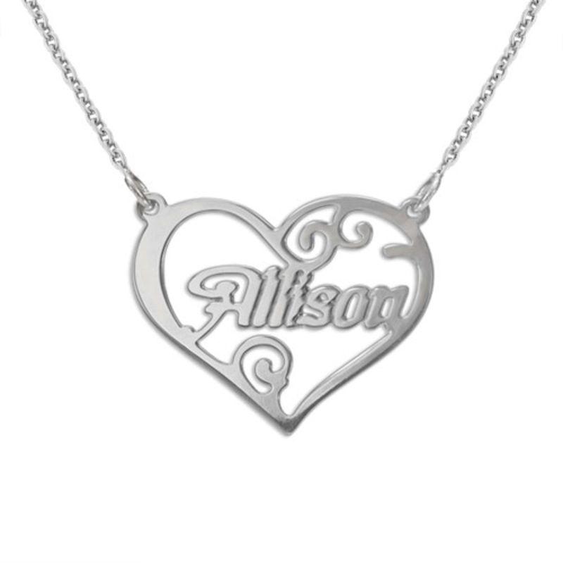 Personligt namn halsband med hjärta i silver