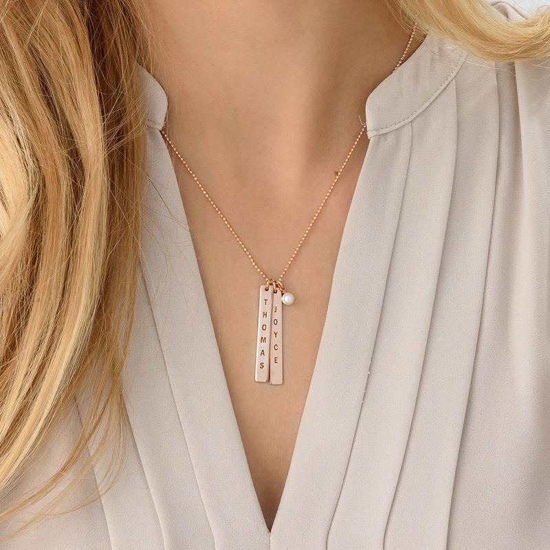 Graverat halsband med namnbricka med sötvattenpärlor - roséguldplätering - 3