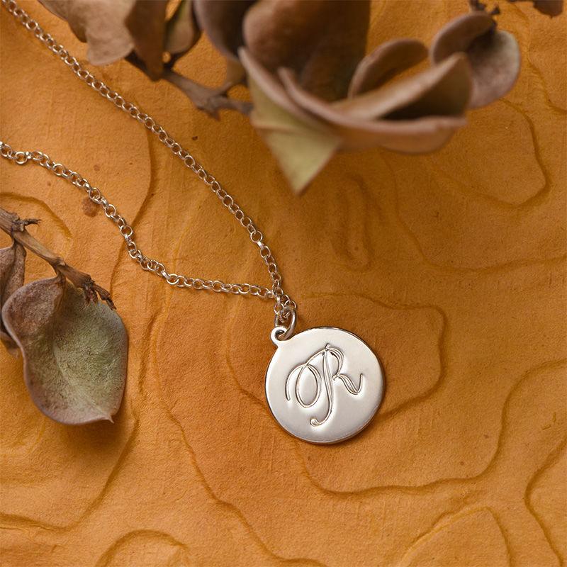 Halsband med Bokstav på Berlock med Kursiv stil - Silver - 4