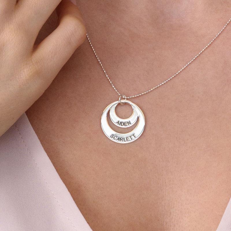 Personligt halsband till mor - Brickhalsband i 10K vitt guld - 4