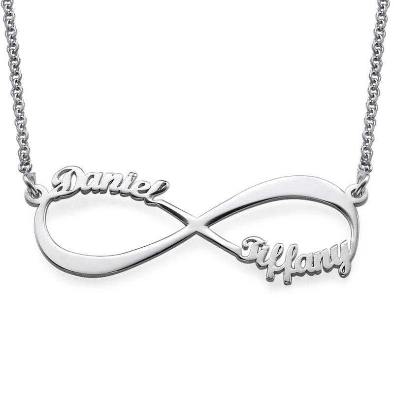 Infinity halsband med namn i 940 Premium Silver