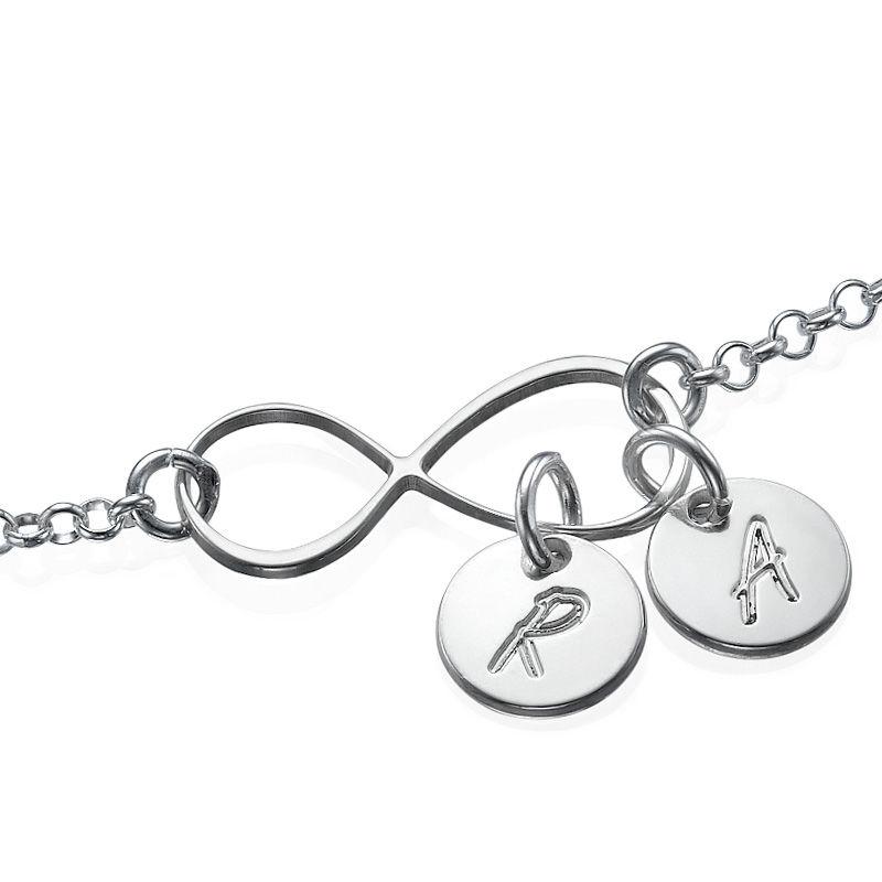 Infinity Armband med Bokstavsberlocker i Silver - 1