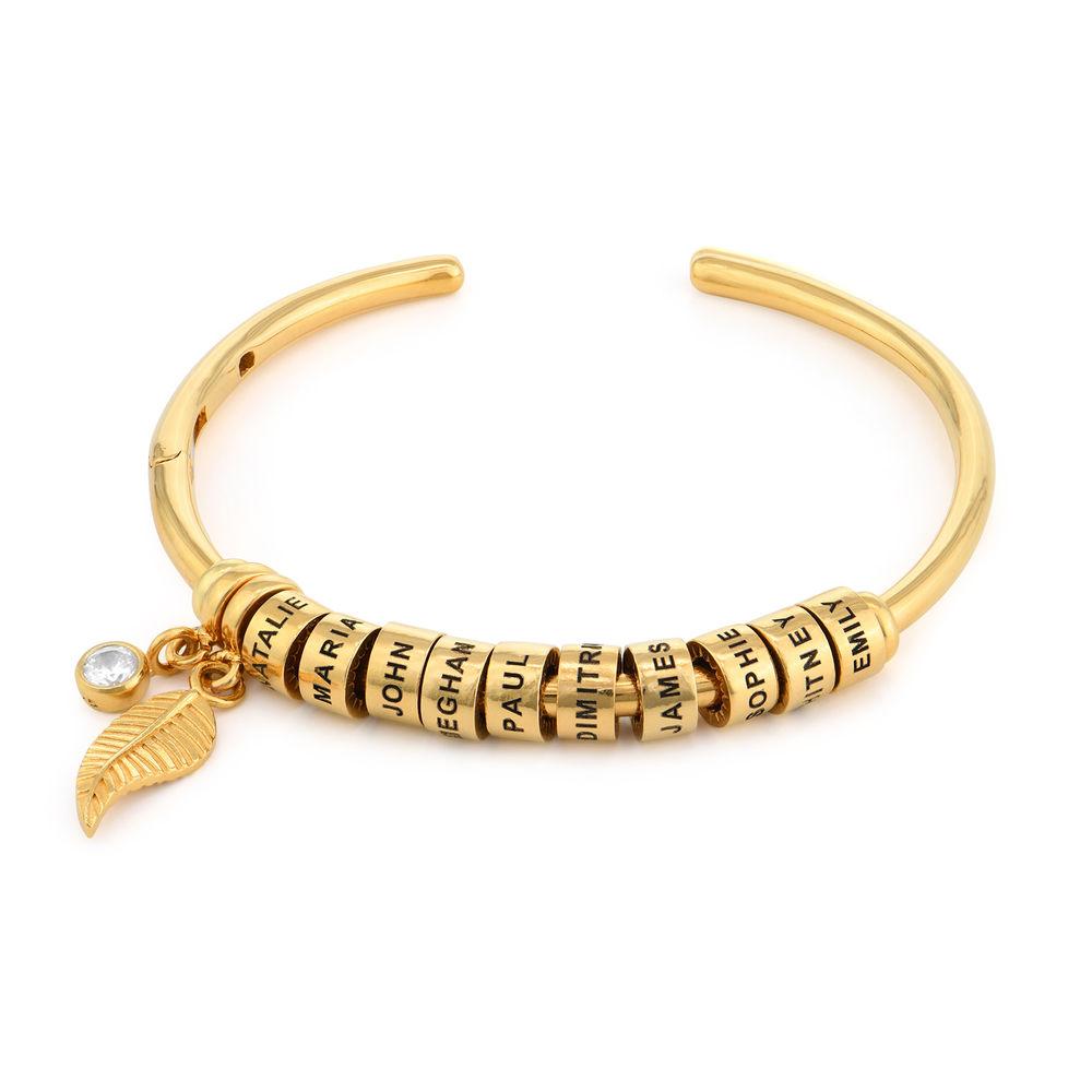 Linda Bangle Armband med Graverade Berlocker i Guldplätering - 1