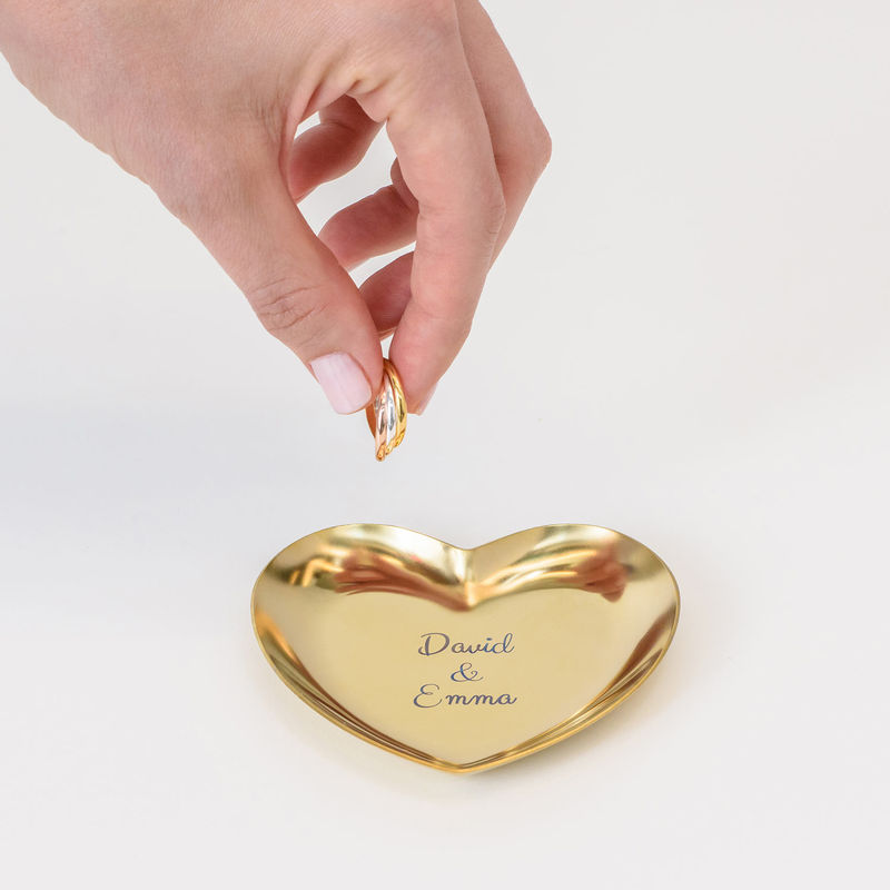 Personlig hjärtformad smyckesbricka i guldfärg - 3