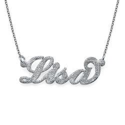 Diamantskuret Carrie style namnsmycke i silver produktbilder