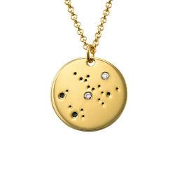 Skyttens stjärnteckenhalsband med diamanter i guldplätering produktbilder