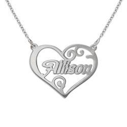 Personligt namn halsband med hjärta i silver produktbilder