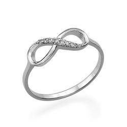 Silver Infinity Ring med Cubic Zirconia produktbilder