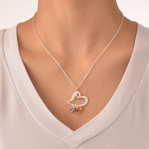 Hjärthalsband i silver och med hängande månadsstenar - 2