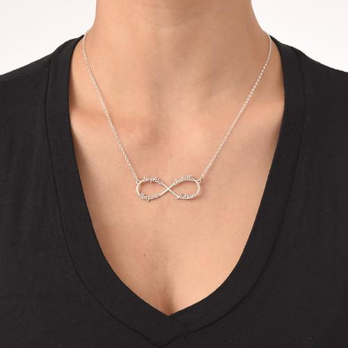 Infinity Halsband med 4 Namn - 2