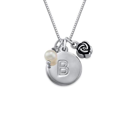 Cirkelhalsband med initialer med berlock med pärla och ros i silver