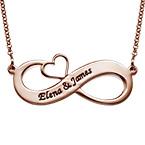 Graverat Infinity halsband med utskuret hjärta med roseguldplätering