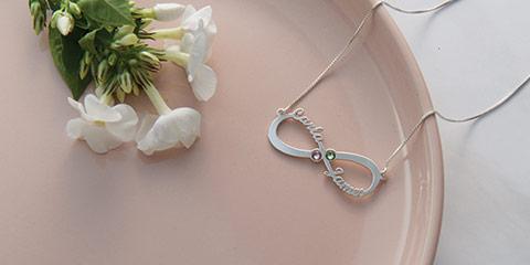 5 Vackra Infinity smycken till jul
