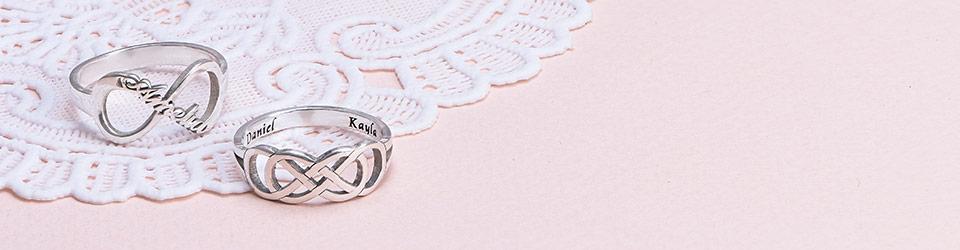 Infinity Ring: Speciellt smycke med många betydelser