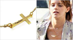 Emma Watson med 18k Guldpläterat Sterling Silver Kors m. ingravering