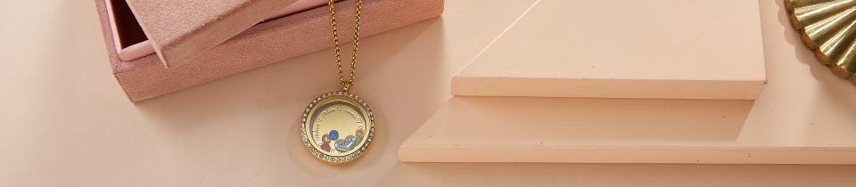 Flytande Berlock, Medaljong
