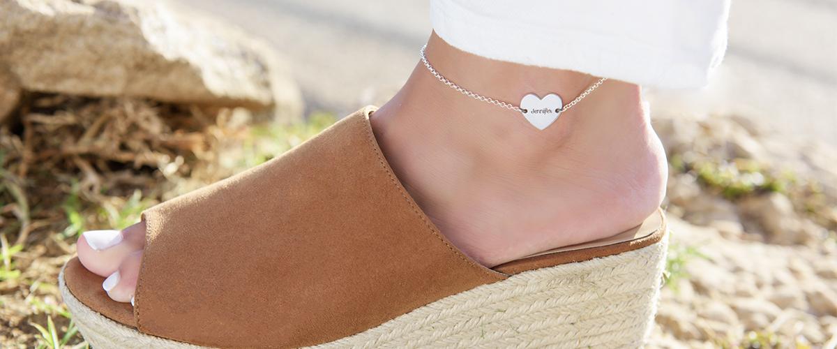 La tendencia más importante en joyas del verano 2019: tobilleras