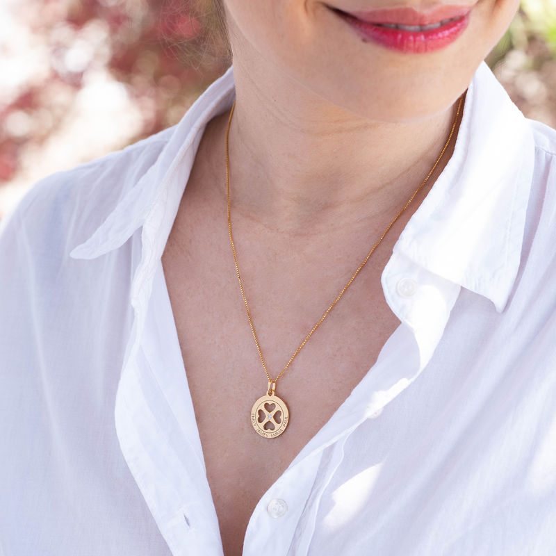 Four Leaf Clover Heart in Circle Pendant Necklace in 18ct Gold Vermeil - Mini design - 1
