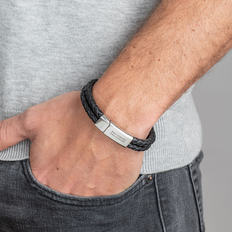 Engraved Bracelet for Men in Stainless Steel and black leather - 1