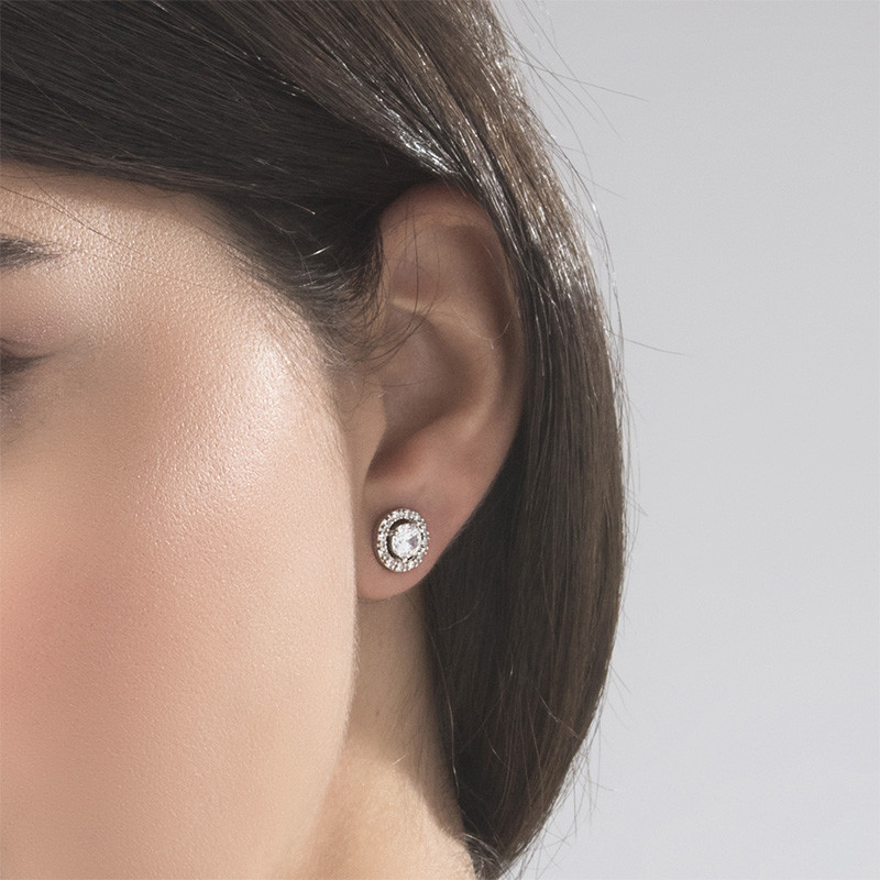Round Cubic Zirconia Stud Earrings - 1 - 2