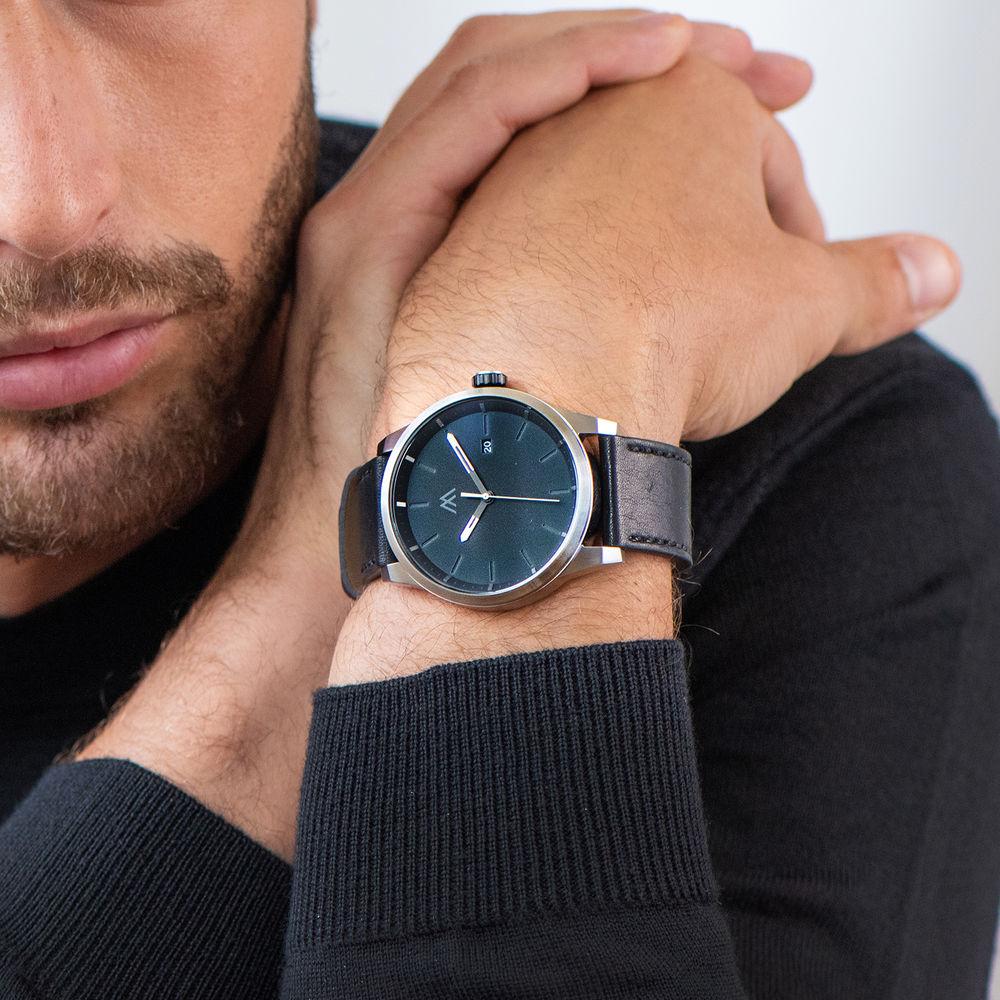Odysseus Day Date Minimalist Leather Strap Watch - 6