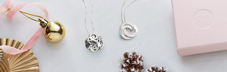 It's Christmas! So Why the Personalised Jewellery?